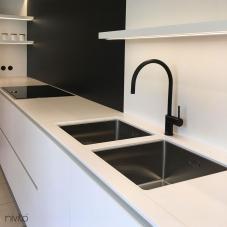 黑色 厨房水龙头 - Nivito 6-RH-120